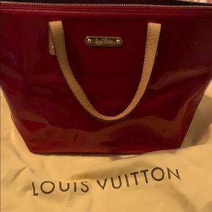 Stunning cherry red vernes Louis Vuitton bag